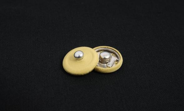 Кнопка пришивная 000/b5-2/2 - Фото